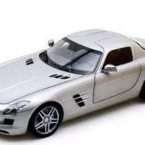 Kinsmart Mercedes Benz SLS AMG 1-36 Scale Diecast Car