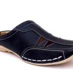 Manav Men Sandals Price: Rs. 499