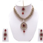 SnapDeal : Manukunj Austrian Diamond Necklace Set