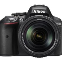 Nikon D5300 24.1MP Digital SLR Camera (Black) with 18-140mm VR Kit Lens, 8GB Card and Camera Bag