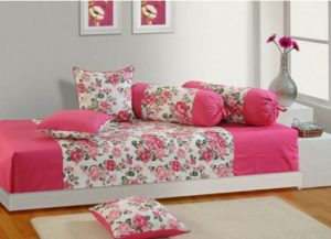 Swayam Cotton Printed Diwan Set(1 Sheet, 3 Cushion Covers, 2 Bolster Covers)