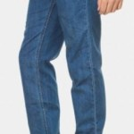 Zovi Regular Fit Men's Jeans @ Rs. 459