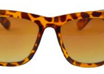 Diovanni Women's Wayfarer Sunglasses at 33% off