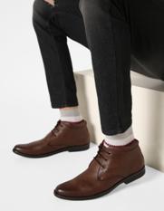 ESCARO textured chukka boots on ajio.com at just Rs 1624