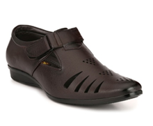 Imc men sandal now a top-notch buy on voonik.com at just Rs 499.